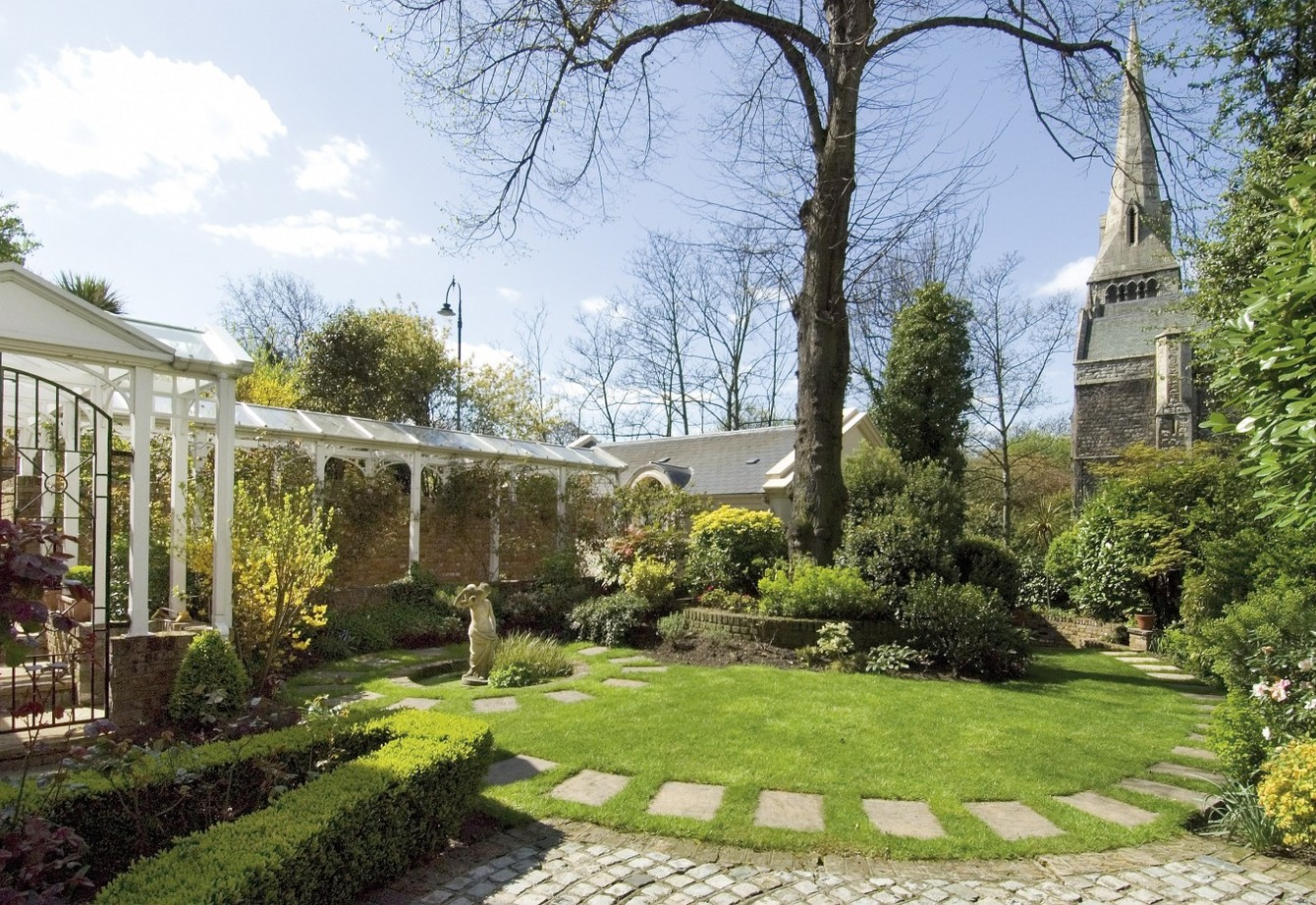 sold-prince-albert-road-london-203-view1