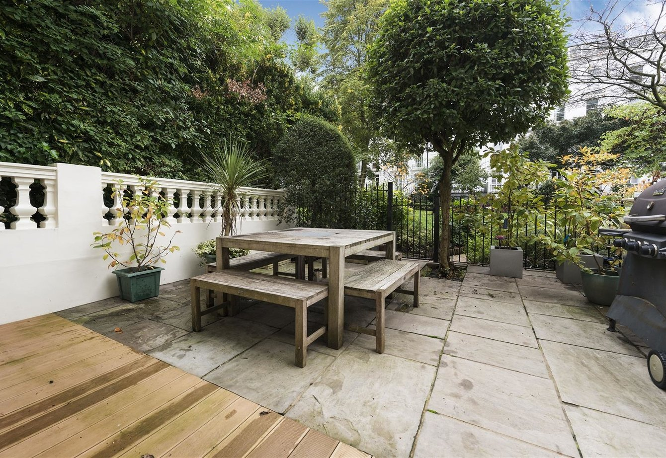 for-sale-bristol-gardens-london-22-view7