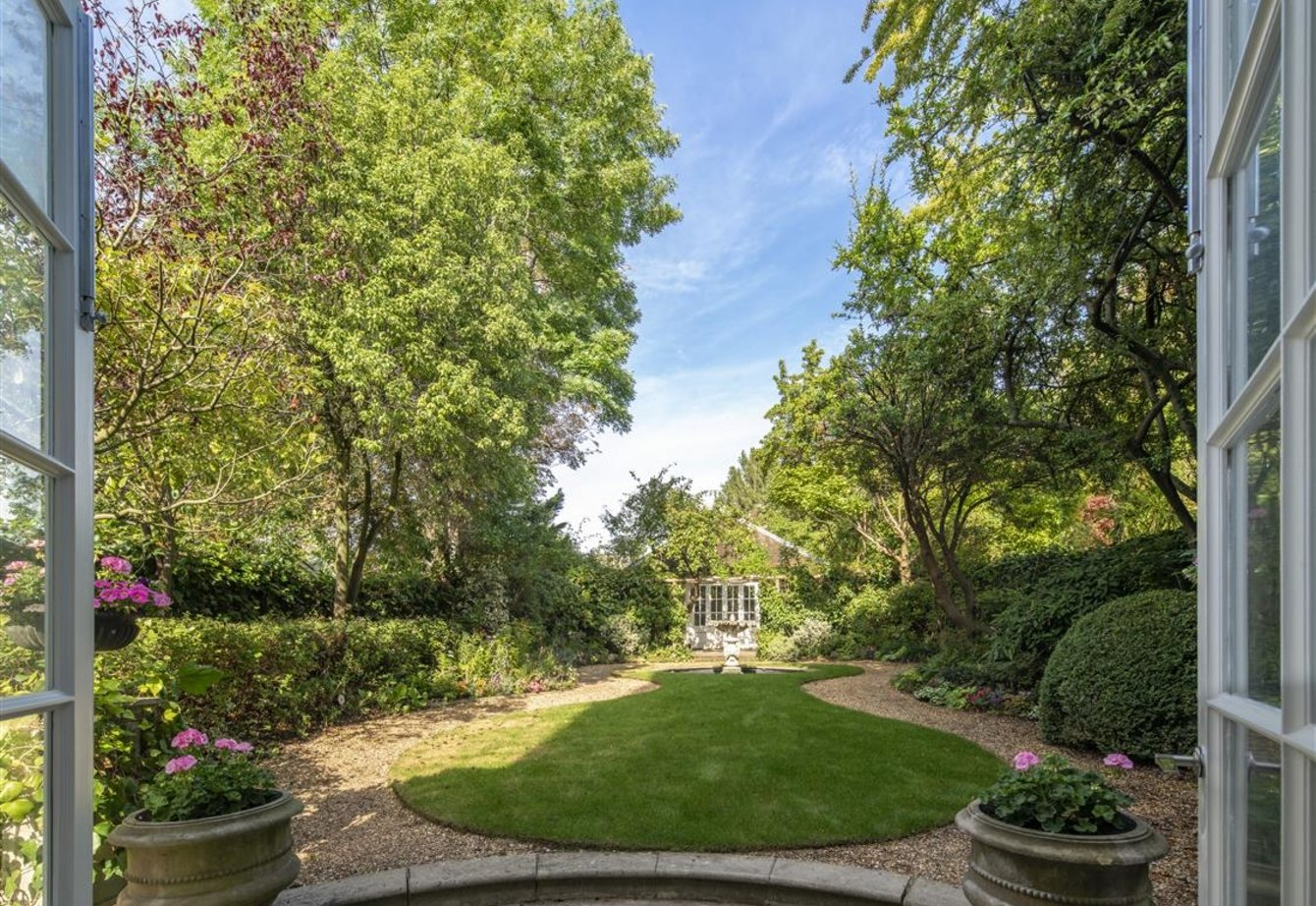 for-sale-hamilton-terrace-london-23-view17
