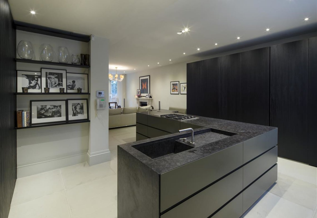 for-sale-randolph-road-london-280-view13