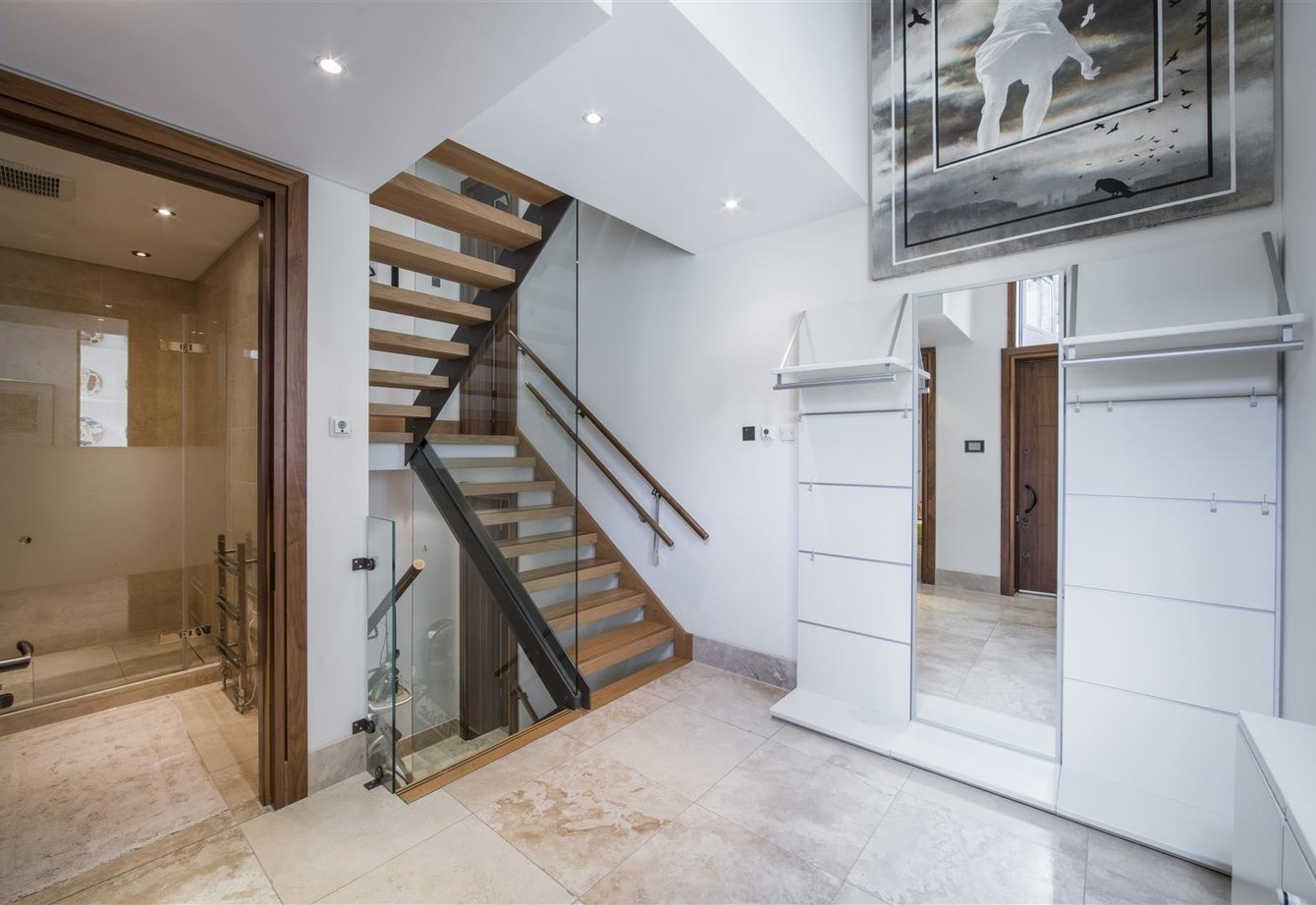 for-sale-boundary-road-london-4-view2