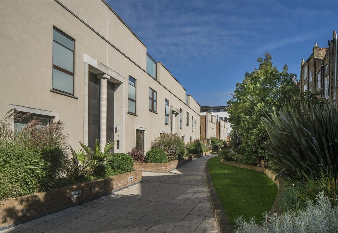 for-sale-boundary-road-london-4-view1