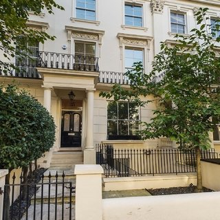 SOLD £6,950,000 GBP - Ian Green Residential
