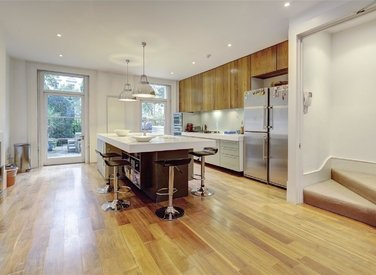 for-sale-bristol-gardens-london-22-view4